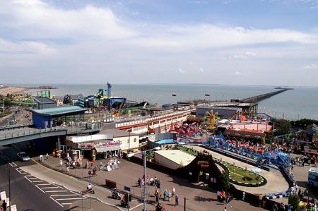 southend-pier_20060604-010